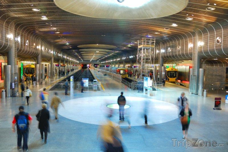 Fotka, Foto Nástupiště v Britomart Transport Centre (Auckland, Nový Zéland)