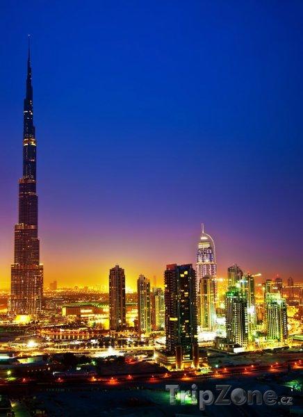Fotka, Foto Noční Dubaj (Dubaj, Spojené arabské emiráty)