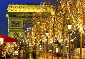 Paříž, Vítezný oblouk při vánoční atmosféře