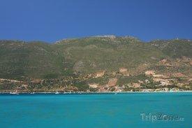 Pobřeží města Vassiliki na Lefkádě
