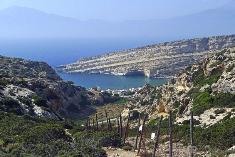 Fotka, Foto Pohled na letovisko Matala (Řecko)