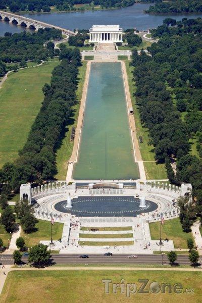 Fotka, Foto Pohled na Lincolnův památník (Washington D.C., USA)