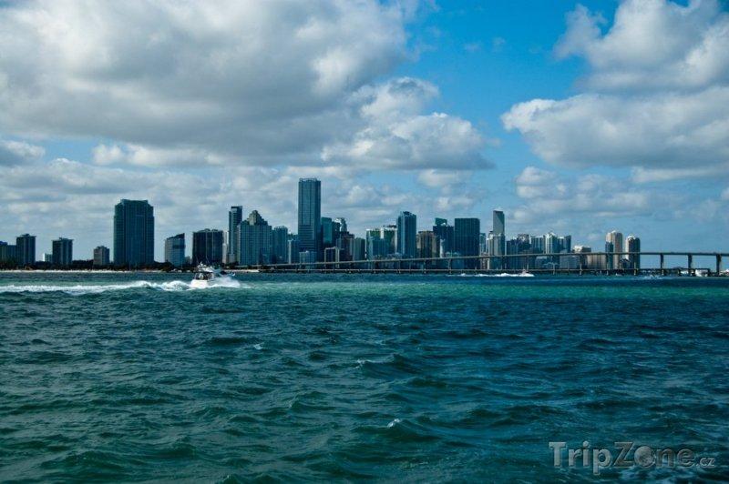 Fotka, Foto Pohled na město z Atlantiku (Miami, USA)
