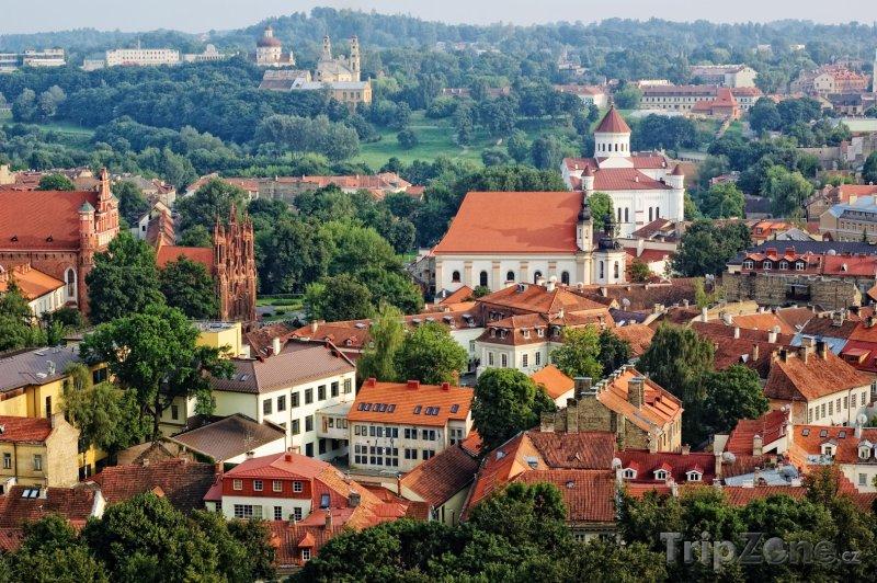 Fotka, Foto Pohled na město z vrchu Gediminas (Vilnius, Litva)