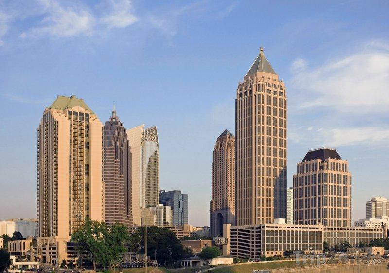 Fotka, Foto Pohled na mrakodrap One Atlantic Center (Atlanta, USA)