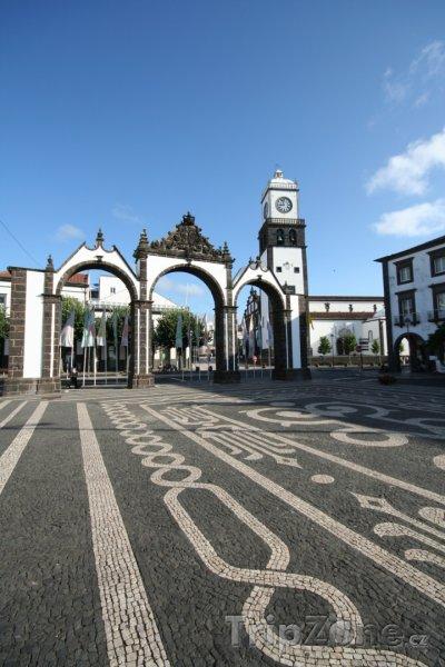 Fotka, Foto Ponta Delgada, hlavní náměstí