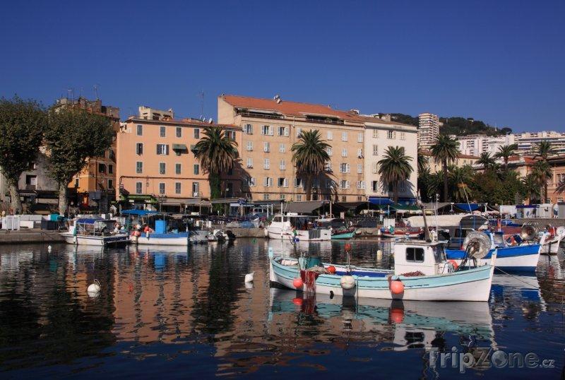 Fotka, Foto Přístav ve městě Ajaccio (Francie)