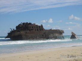 Sal Rei, vrak lodi u pláže