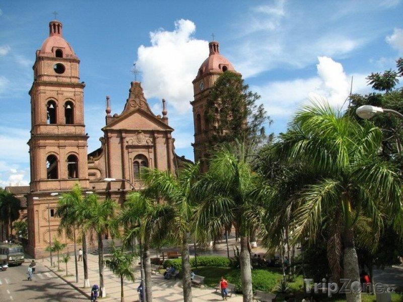 Fotka, Foto Santa Cruz, bazilika Menor de San Lorenzo