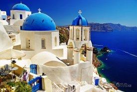 Santorini, kostel ve vesničce Oia