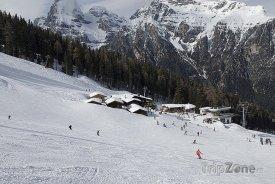 Sjezdovka v lyžařském středisku Ladurns