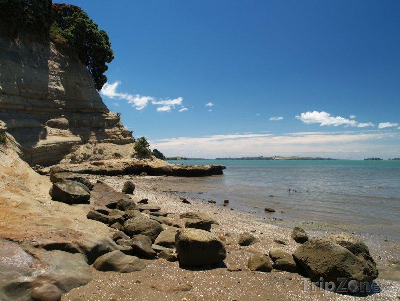 Fotka, Foto Skalnaté pobřeží na Eastern Beach (Auckland, Nový Zéland)
