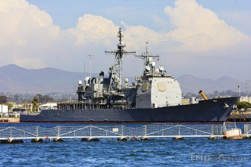 Fotka, Foto Válečná loď Námořnictva Spojených států amerických (San Diego, USA)