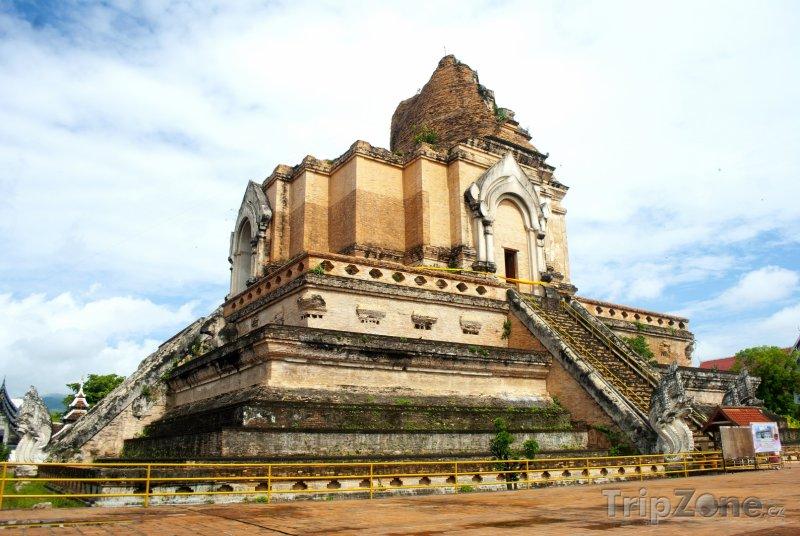 Fotka, Foto Wat Chedi Luang (Chiang Mai, Thajsko)
