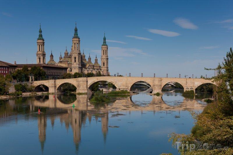 Fotka, Foto Zaragoza, katedrála Panny Marie (Španělsko)