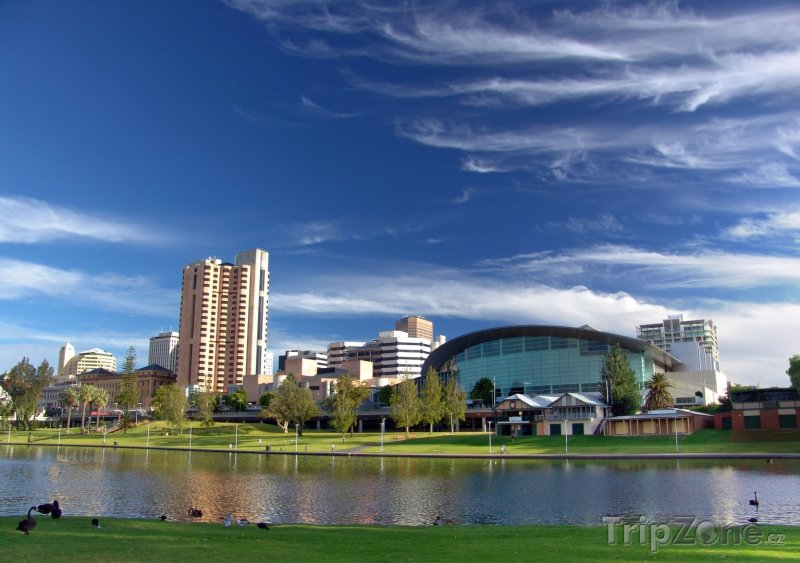 Fotka, Foto Adelaide, řeka Torrens a kongresové centrum