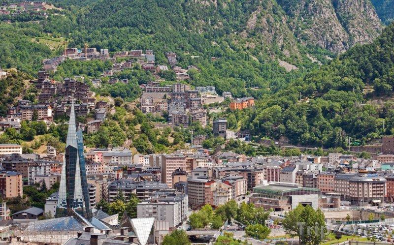 Fotka, Foto Andorra la Vella panorama (Andorra)