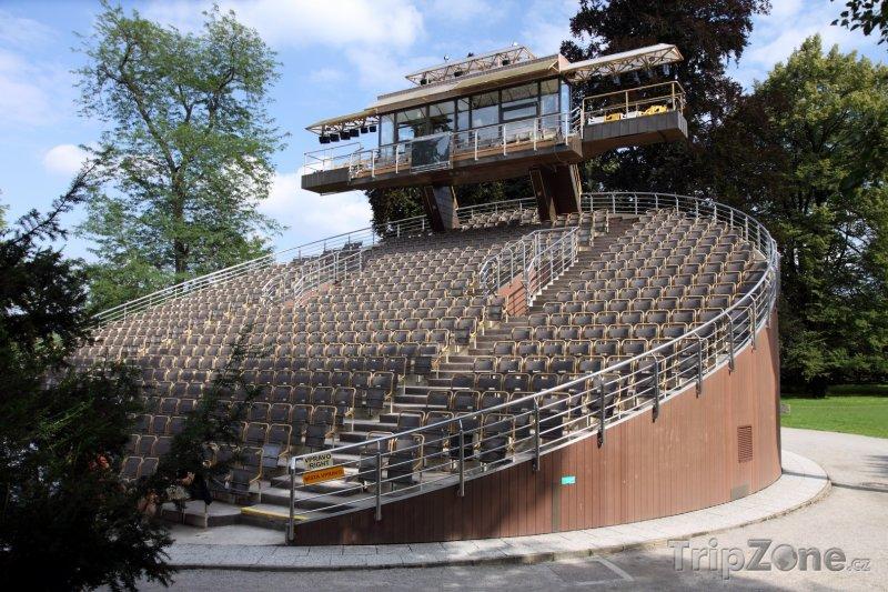 Fotka, Foto Český Krumlov, otáčivé hlediště Městského divadla (Česká republika)