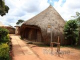 Kampala, hrobky bugandských králů v Kasubi