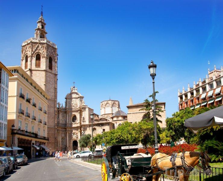 Fotka, Foto Katedrála El Miguelete Micalet (Valencie, Španělsko)