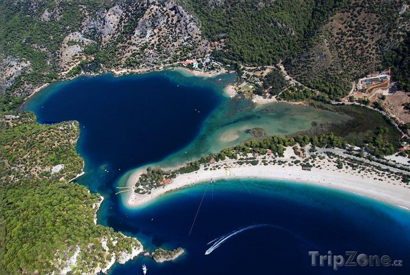 Fotka, Foto Letovisko Ölüdeniz, pohled z hory Babadag (Turecko)