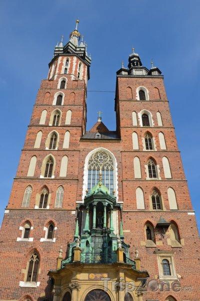 Fotka, Foto Mariánská bazilika na Rynku (Krakov, Polsko)