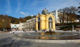 Mariánské Lázně, kolonáda a Zpívající fontána