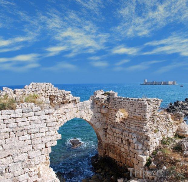 Fotka, Foto Mersin, pohled na pevnost Kızkalesi (Turecko)
