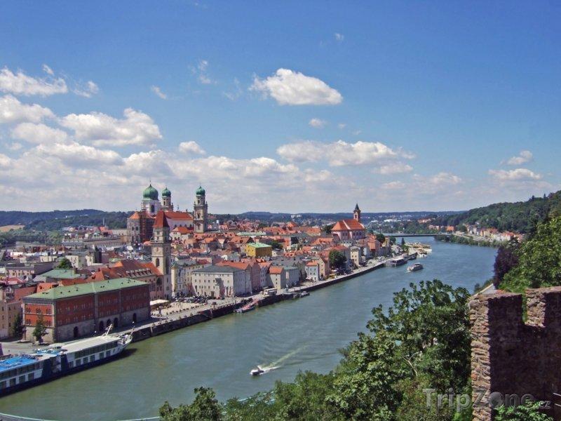 Fotka, Foto Passau, řeka Dunaj a historické centrum města (Německo)