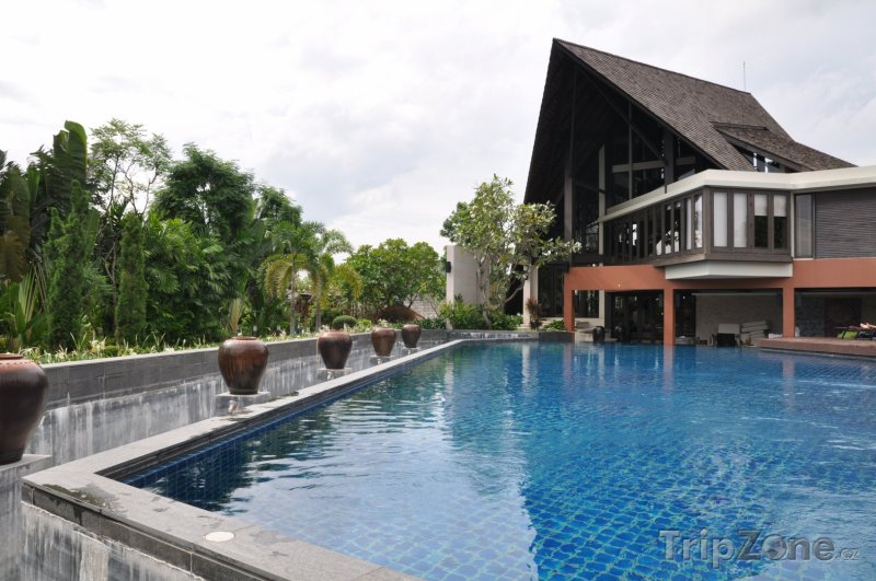 Fotka, Foto Port Vila, bazén u hotelového rezortu (Vanuatu)