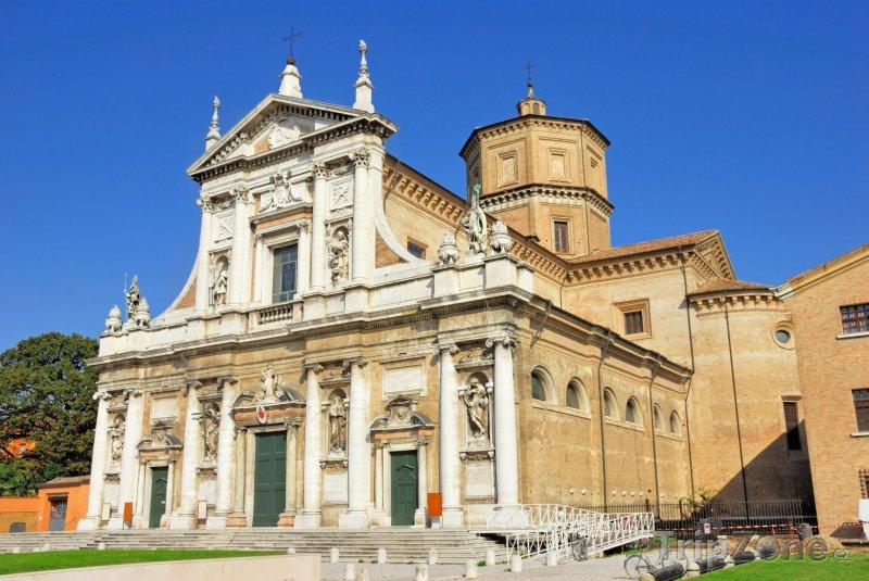Fotka, Foto Ravenna, bazilika San Apollinare Nuovo (Itálie)