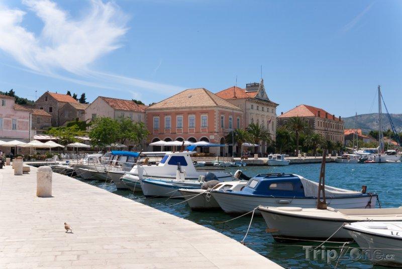Fotka, Foto Stari Grad, přístav (Chorvatsko)