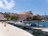 Stari Grad, přístav