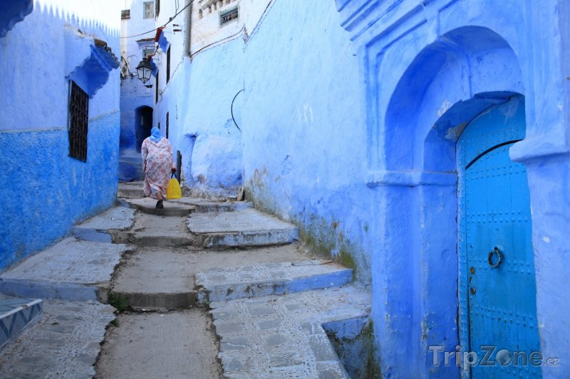 Fotka, Foto Tetuán, ulička mezi domy (Maroko)