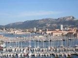 Toulon, jachty v přístavu