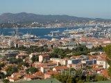Toulon, pohled na základnu vojenského námořnictva