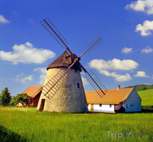 Fotka, Foto Větrný mlýn v Kuželově (Česká republika)