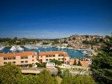 Vrsar, pohled na přístav