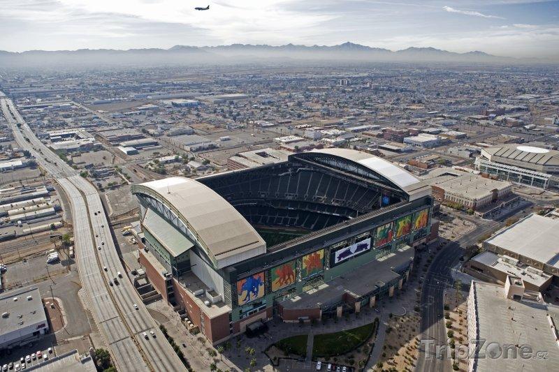 Fotka, Foto Baseballový stadion Chase Field (Phoenix, USA)