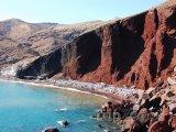 Červená pláž v Akrotiri na ostrově Santorini