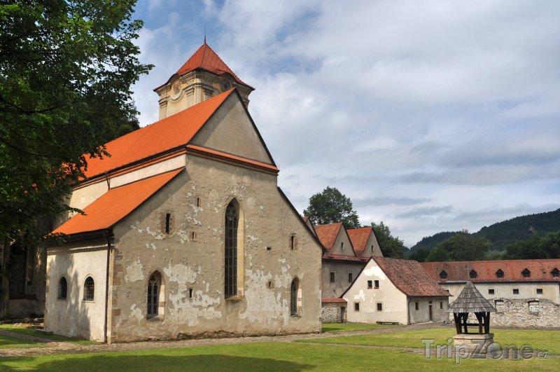 Fotka, Foto Červený kláštor v Pieninském národním parku (Slovensko)