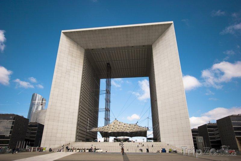 Fotka, Foto Čtvrť La Défense, La Grande Arche (Paříž, Francie)