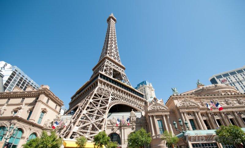 Fotka, Foto Eiffelova věž u hotelu Paris (Las Vegas, USA)