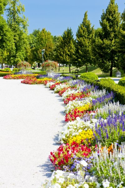 Fotka, Foto Grasalkovičův palác, zahrada (Bratislava, Slovensko)