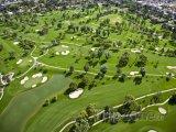 Letecký pohled na golfové hřiště