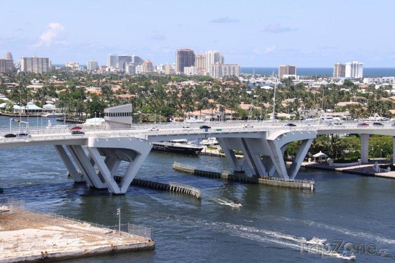 Fotka, Foto Most přes vodní kanál (Fort Lauderdale, USA)