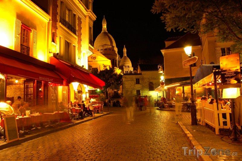 Fotka, Foto Noční Montmartre (Paříž, Francie)