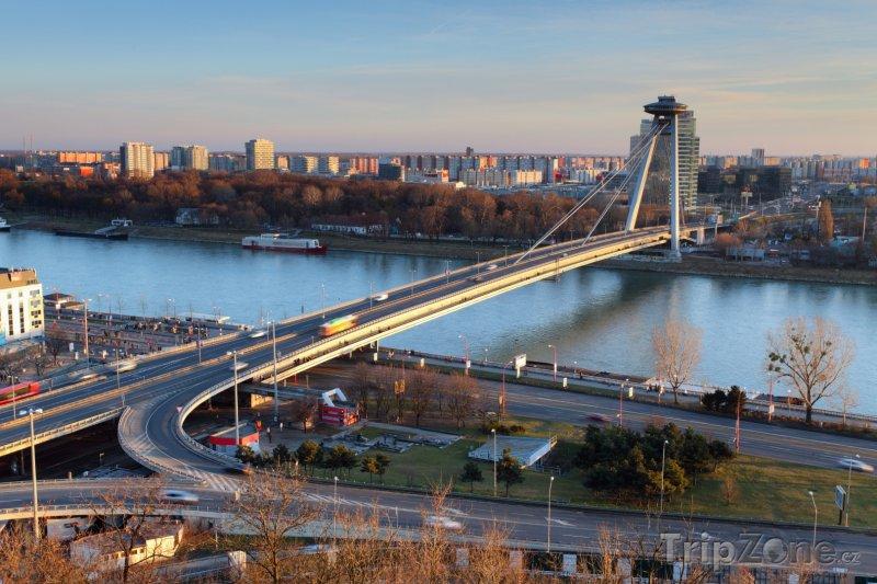 Fotka, Foto Nový most přes Dunaj (Bratislava, Slovensko)