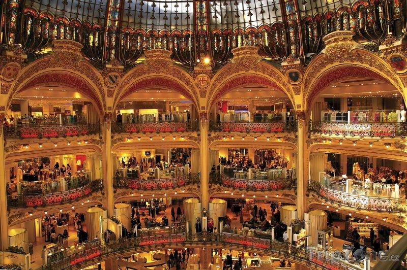 Fotka, Foto Obchdoní dům Galeries Lafayette (Paříž, Francie)