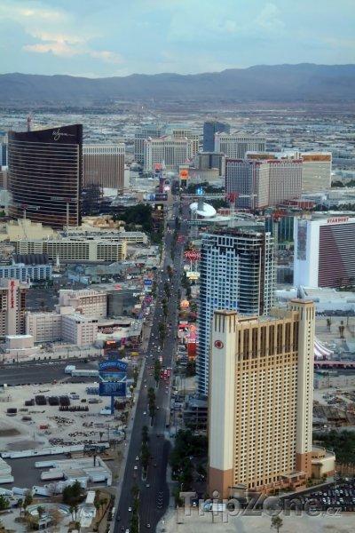 Fotka, Foto Pohled na famózní bulvár Las Vegas Strip (Las Vegas, USA)